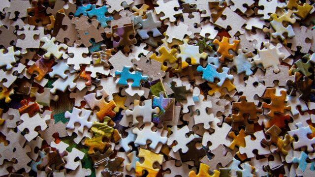 Multi-coloured puzzle pieces